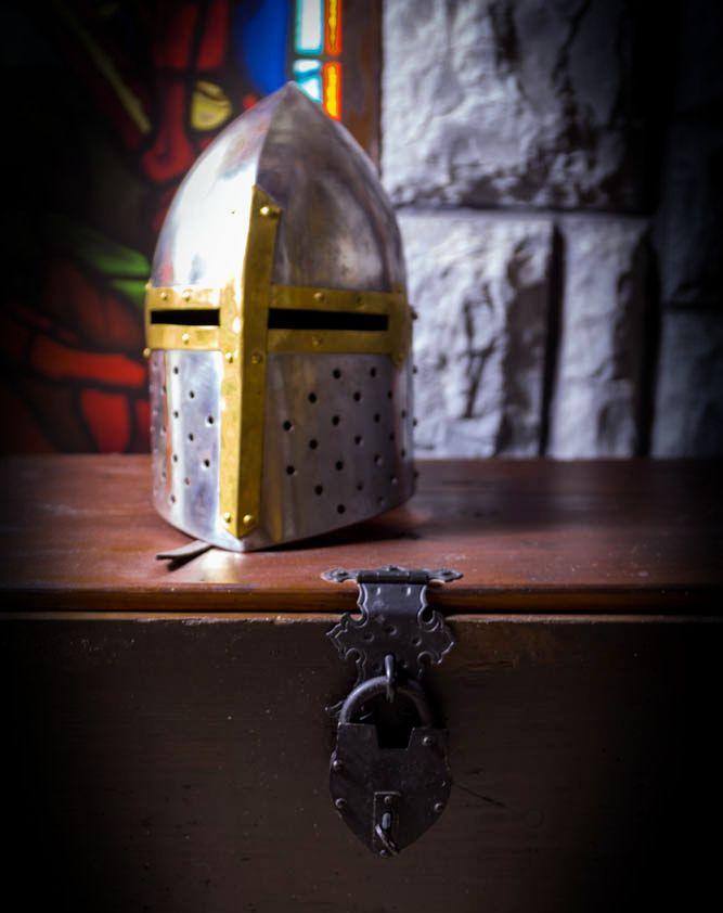Šljem - Dvorac Crne kraljice | Portal Escape