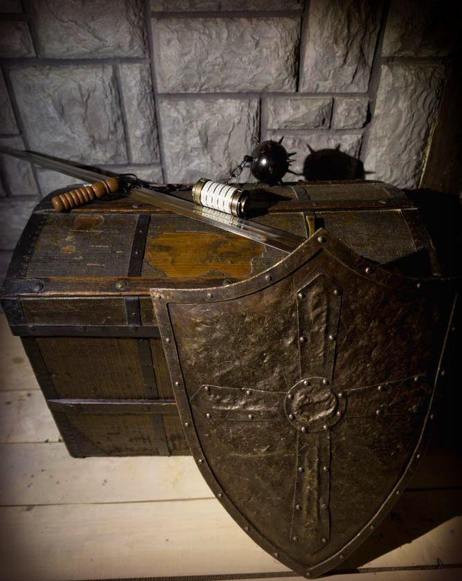 Štit - Dvorac crne kraljice | Portal Escape